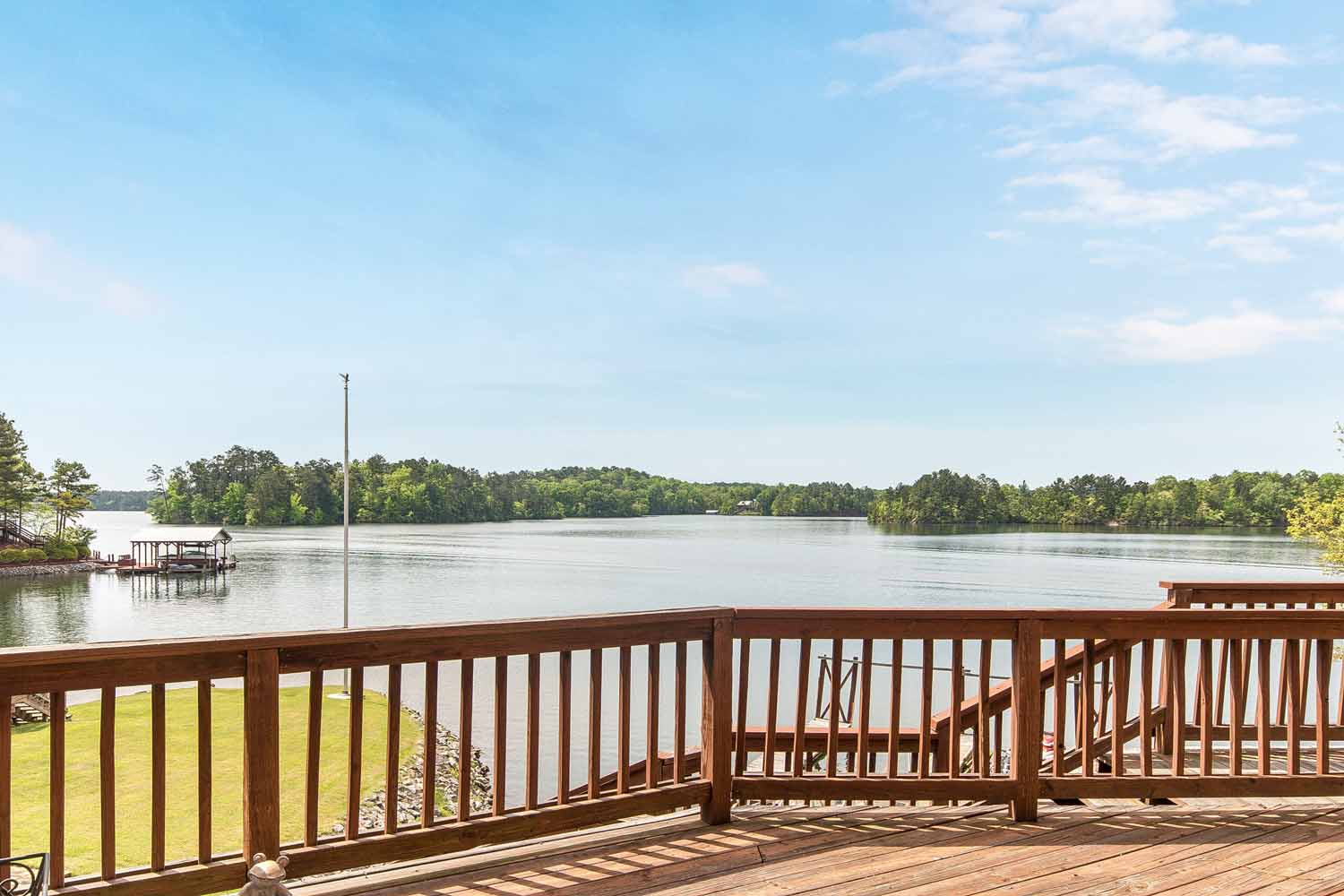 Lake Martin Al Waterfront Home For Sale 1043 Smith
