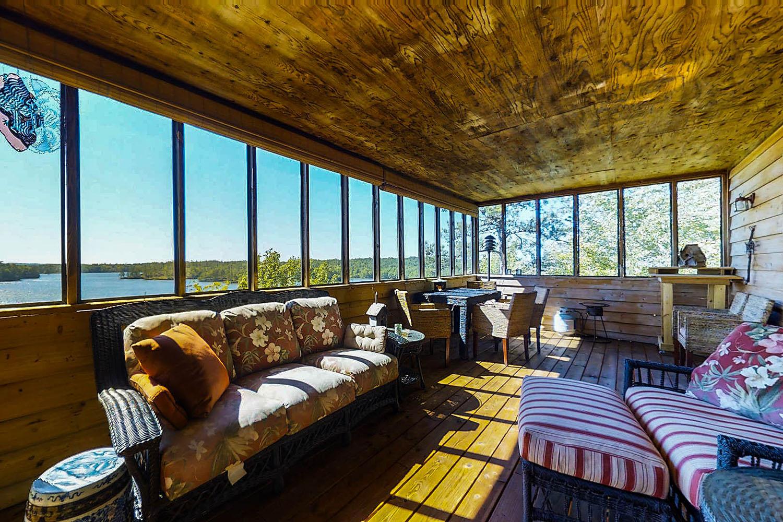 Lake Martin AL waterfront homes for sale-379 Whiskey Ridge virtual tour